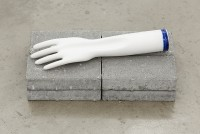 http://www.galeria-sabot.ro/files/gimgs/th-87_How it's made, 2015, porcelain glove mold, 9 x 27 cm (1).jpg