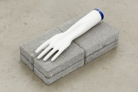 http://www.galeria-sabot.ro/files/gimgs/th-87_How it's made, 2015, porcelain glove mold, 9 x 27 cm.jpg